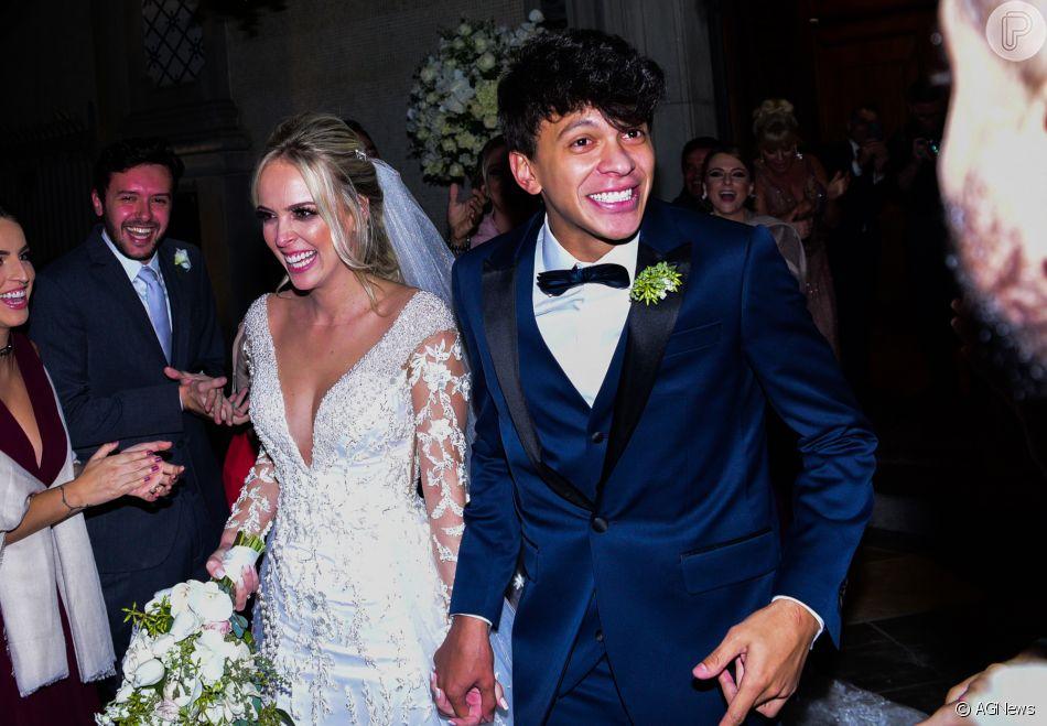 Tata Estaniecki e Julio Cocielo tiveram segundo casamento na noite desta segunda-feira, 30 de abril de 2018, em São Paulo