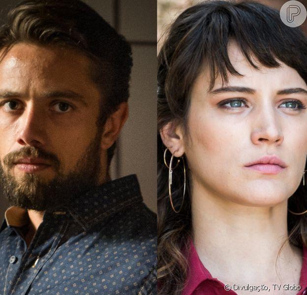 Renato (Rafael Cardoso) aponta arma para Clara (Bianca Bin) ao imobilizá-la nos últimos capítulos da novela 'O Outro Lado do Paraíso'