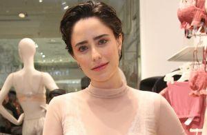Fernanda Vasconcellos entrega truque de maquiagem: 'Uso batom como sombra'