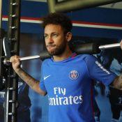 Neymar volta a treinar no PSG após lesão no pé. 'Que alegria', diz Thiago Silva