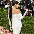 O look de Kendall Jenner fugiu da temática católica do Met Gala 2018