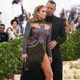 'Sempre uma noite divertida com meu número 1', escreveu Jennifer Lopez na web