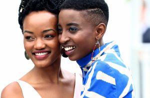Hair cuffs, delineado azul e look retrô: atrizes quenianas se destacam em Cannes