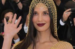 Ouro na make é trend: maquiador dá as dicas para arrasar no visual dourado