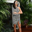 Bruna Marquezine escolheu vestido curto assimétrico e óculos de gatinho para almoço em Cannes, na Riviera Francesa