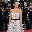 Bruna Marquezine recebeu elogios de Marina Ruy Barbosa e Sabrina Sato após posar com look poá em Cannes