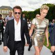 Charlize Theron e Sean Penn já moram juntos e pensam em oficializar a união em breve