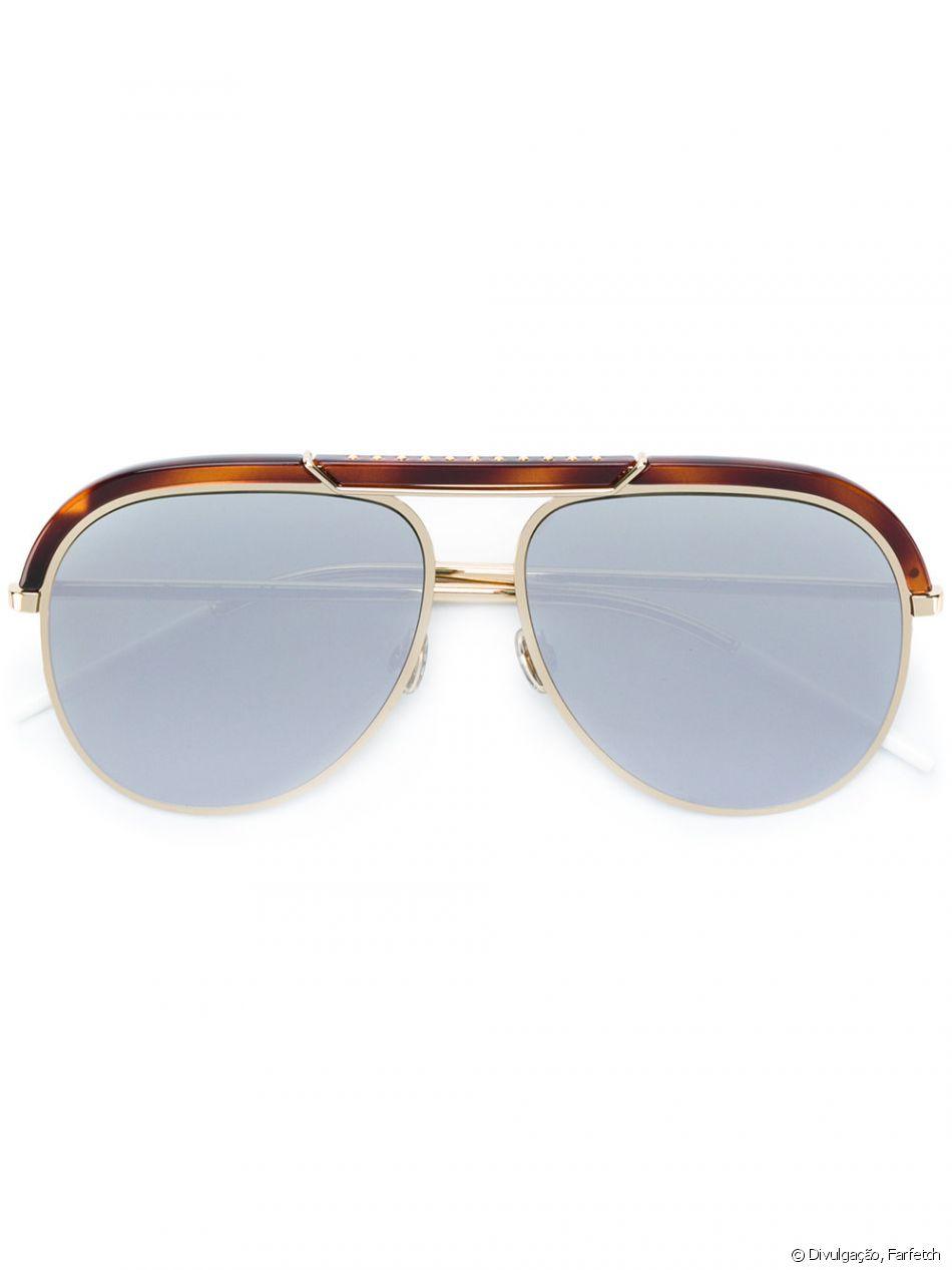 e541c9ba61cc9 Juliana Paes usou óculos Dior Desertic, disponível à venda na Farfetch por  R  3.6000
