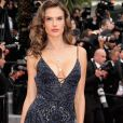 Alessandra Ambrosio chamou atenção com decote e transparência no lançamento do filme ' Han Solo: Uma História Star Wars', no Festival de Cannes