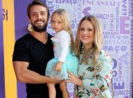 Filha de Rafael Cardoso e Mari Bridi fala com barriga de grávida da mãe:'Te amo'