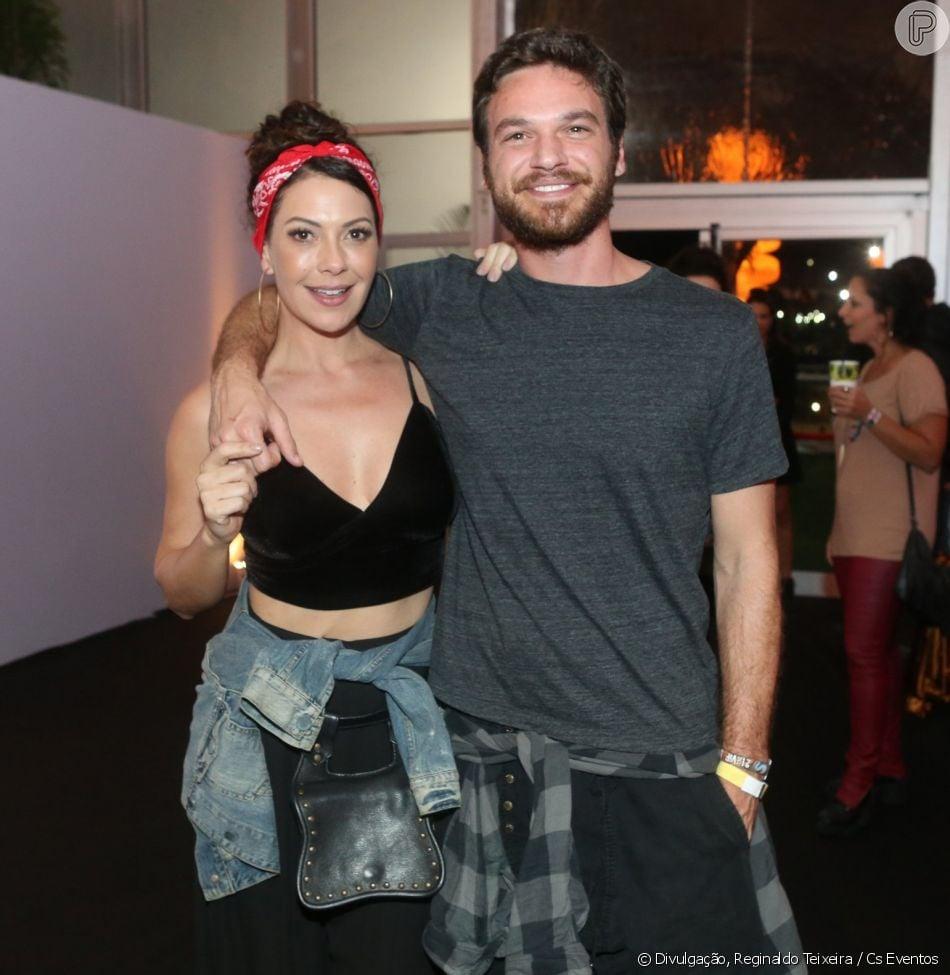 Emilio Dantas declara que era fã de Fabiula Nascimento antes do namoro: 'Admirava muito como atriz'