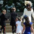 A princesa Charlotte, de 2 anos, e o príncipe George, de 4, filhos de Kate Middleton e do príncipe William roubaram a cena no casamento de Meghan Markle e do príncipe Harry. Eles e mais oito crianças foram pajens e damas de honra
