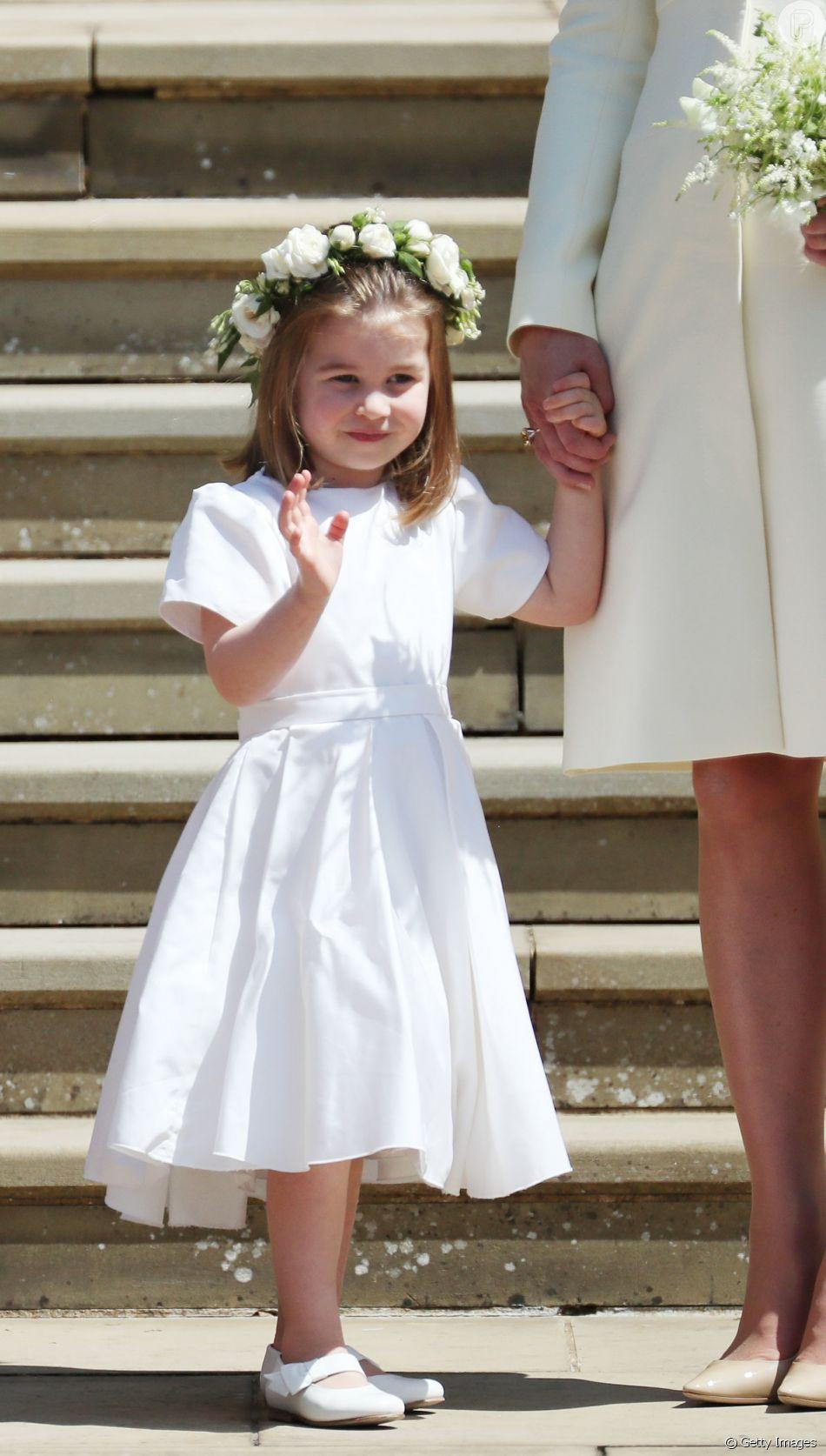 A princesa Charlotte, de 2 anos, esbanjou fofura no casamento de Meghan Markle e do príncipe Harry neste sábado, 19 de maio de 2018
