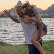 Aline Gotschalg exalta cumplicidade com Fernando Medeiros: 'Amor generoso'