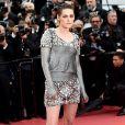 Por ser embaixadora da Chanel, Kristen usou looks da grife ou não divulgou a marca responsável pela produção