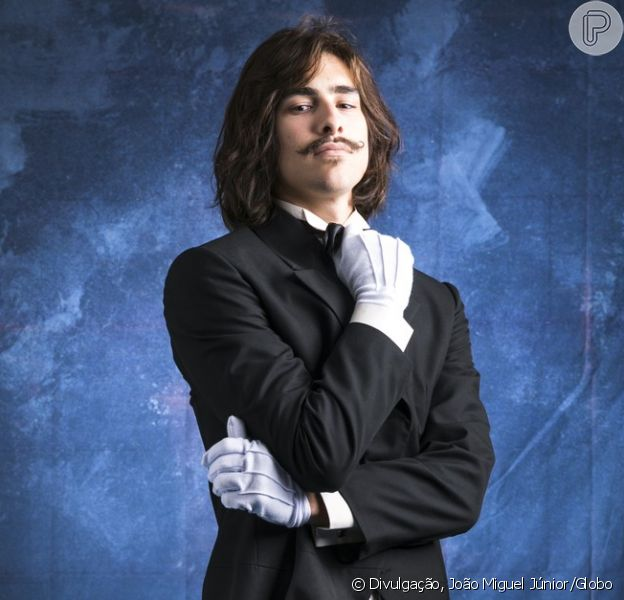 Bento (Bruno Montaleone) será congelado e apaixonado pela personagem de Juliana Paiva na novela 'O Tempo Não Para'