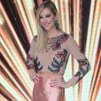 Gianne Albertoni foi uma das juradas do Miss Brasil 2018 e apostou em look assinado por Letícia Manzan