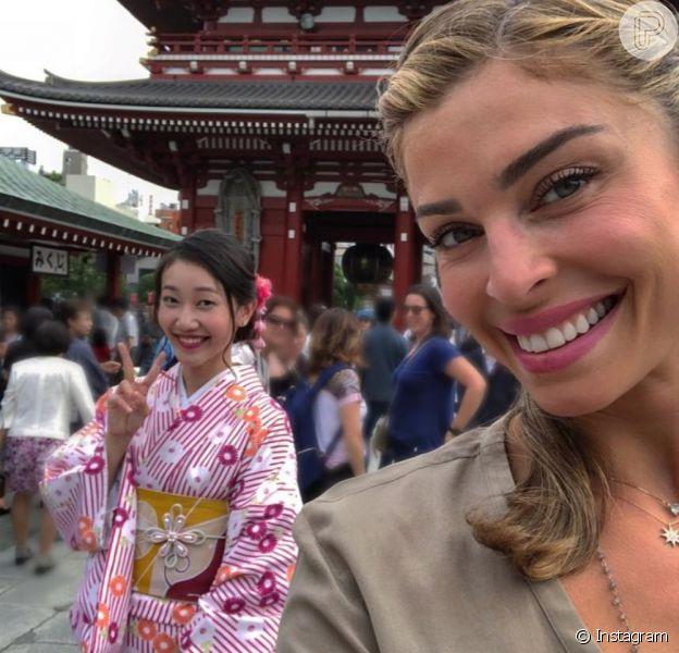 De férias após o final da novela 'O Outro Lado do Paraíso', Grazi Massafera está em Tóquio, no Japão