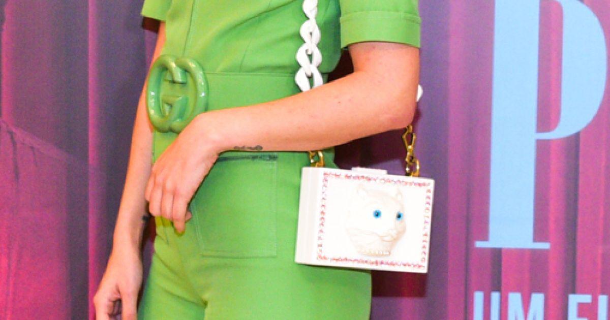 Julia Konrad investiu em uma poderosa clutch Gucci no look para a  pré-estreia do filme  Paraíso Perdido , em São Paulo, nesta segunda-feira,  ... 947744b70e