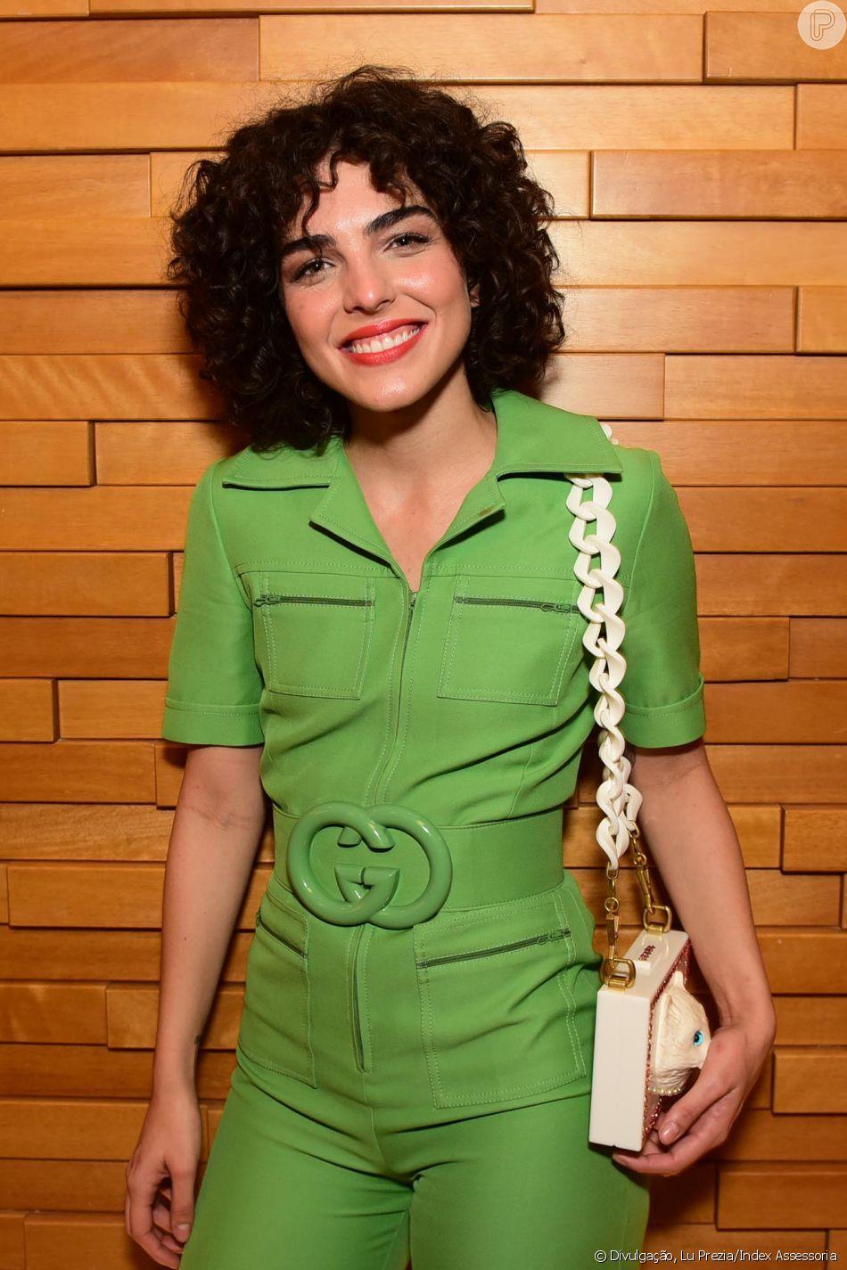 Julia Konrad apostou no verde para a pré-estreia do filme 'Paraíso Perdido', em São Paulo, nesta segunda-feira, 28 de maio de 2018