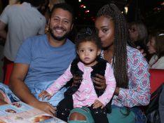 Bebê fashion: filha de Roberta Rodrigues usa colete de pelo em look. Veja fotos!
