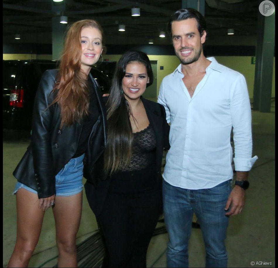 Marina Ruy Barbosa e o marido, Xandinho Negrão, posaram com Simone, da dupla com Simaria, nesta sexta-feira, 1 de junho de 2018