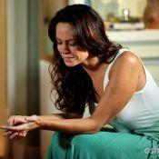 Final de 'Em Família': Nando começa a namorar secretária e Juliana fica sozinha