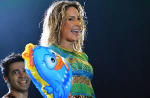 Claudia Leitte faz show e leva a Galinha Pintadinha para o palco em Pernambuco