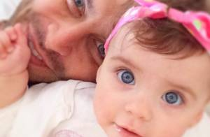 Henri Castelli curte a filha, Maria Eduarda, em foto: 'Só namorando'