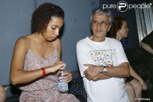 Emily é a nova namorada de Caetano Veloso, em 10 de fevereiro de 2013