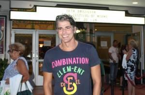 Reynaldo Gianecchini recebe prêmio em festival de cinema em Miami, nos EUA