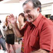 Tony Ramos, de 'O Rebu', ganha parabéns de elenco de 'A Grande Família'