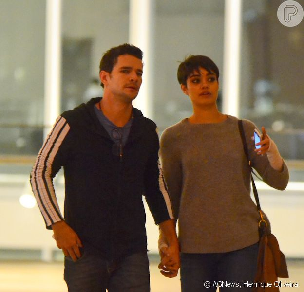 Sophie Charlotte e Daniel de Oliveira vão ao cinema no Rio de Janeiro na noite desta sexta-feira, 29 de agosto de 2014