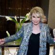 Joan Rivers foi internada após sofrer uma parada cardíaca