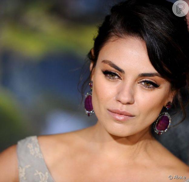 Mila Kunis vai à pré-estreia do filme 'Oz: Mágico e Poderoso', do qual é protagonista, em Los Angeles, em 13 de fevereiro de 2013