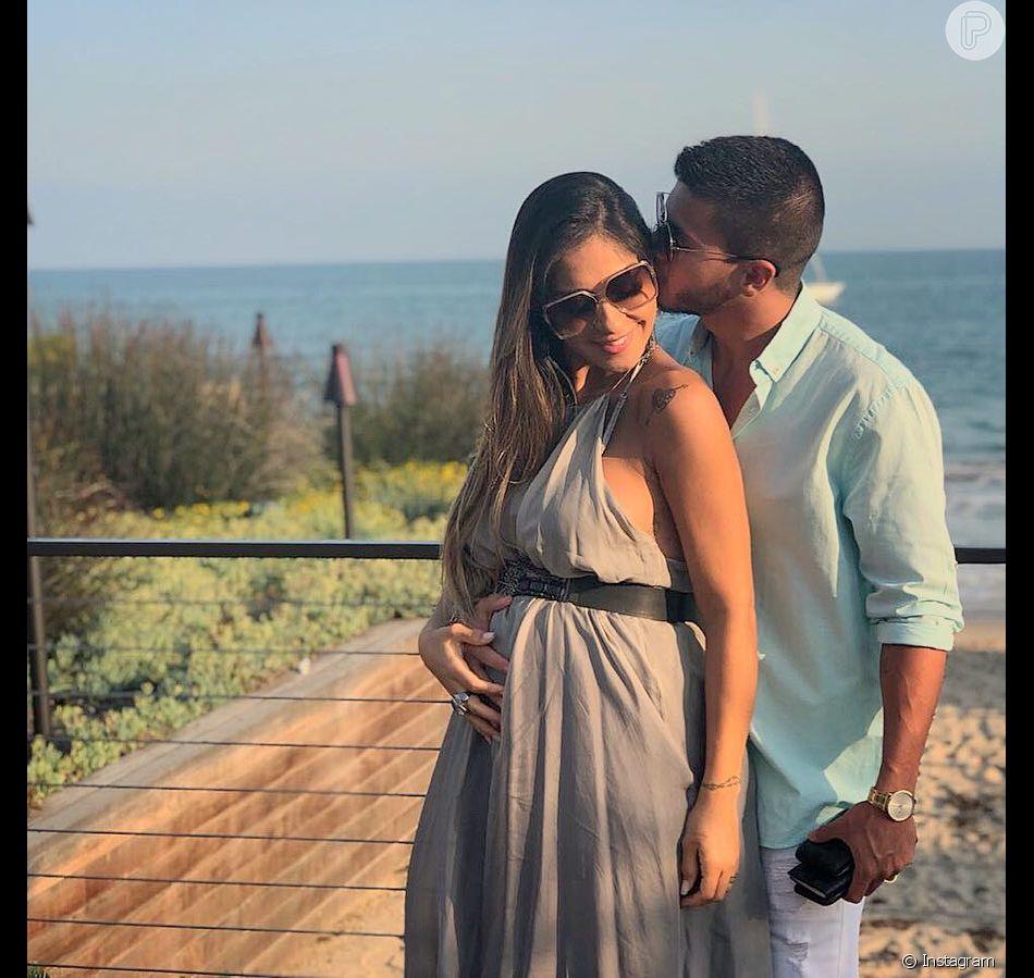 Sofia é fruto do relacionamento de Mayra Cardi com Arthur Aguiar