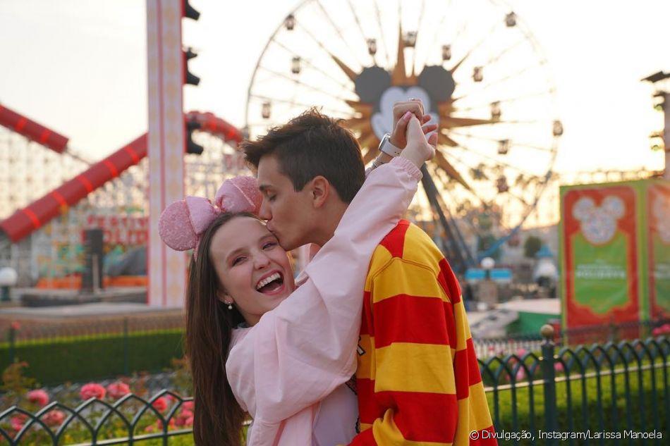 cea6d83730534 Larissa Manoela destaca sintonia com Leo Cidade em 1º ano de namoro nesta  sexta-feira