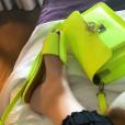 Marília Mendonça não só apostou na calça jogging como combinou com outra trend forte da temporada, o neon.