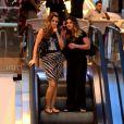 Giovanna Antonelli faz passeio em shopping com amiga