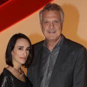 Filha de Pedro Bial e Maria Prata arranca elogios em foto com os pais:'Princesa'