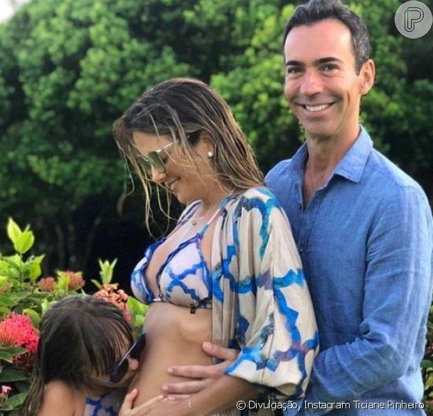 Ticiane Pinheiro anunciou estar grávida de César Tralli, com quem se casou em dezembro de 2017: 'Uma 'vidinha' nasce dentro de mim'