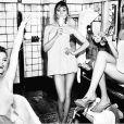 ' Foi um sonho realizado estar na capa da 'Vogue'    com elas', disse Cara Delevingne ao postar a foto em seu Instagram