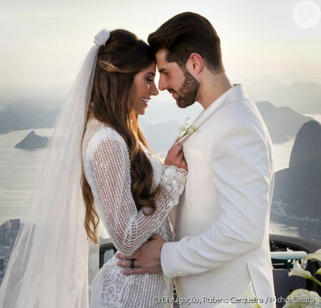 DJ Alok e Romana Novais se casamno alto do Corcovado nesta terça-feira, 15 de janeiro de 2018