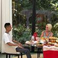 Sucesso com o hit 'Piscininha, amor', o cantor Whadi Gama foi o convidado do café da manhã de Ana Maria Braga no programa 'Mais Você'