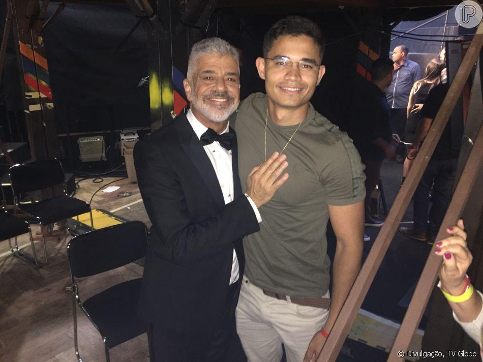 Lulu Santos se declarou para o noivo, Clebson Teixeira, após ser pedido em casamento na madrugada deste domingo, 27 de janeiro de 2019