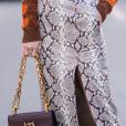 Animal print: estampa de cobra é tendência na moda! Fendas também estão em alta!