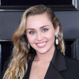 Looks do Grammy Awards 2019: Miley Cyrus apostou na alfaiataria