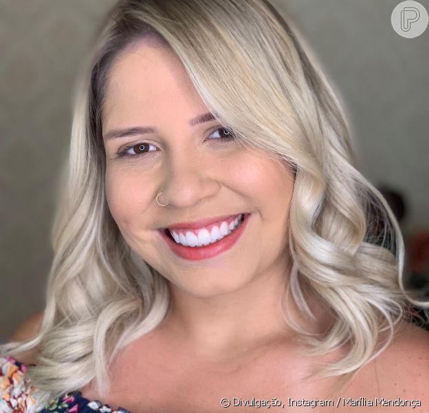 Marília Mendonça colocou próteses de silicone nos seios nesta quinta-feira, 14 de fevereiro de 2019
