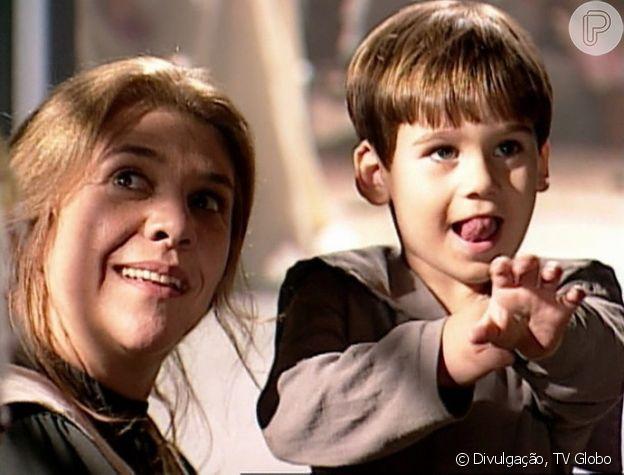 Nicolas Prattes viveu um filho postiço de Giuliana na novela 'Terra Nostra'