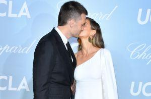 Gisele Bündchen: o look all white sustentável e o beijo de Tom Brady em prêmio
